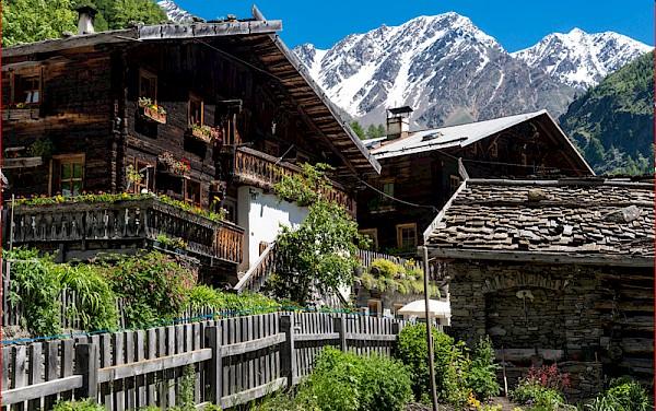Südtirol - Unter und über den Wolken